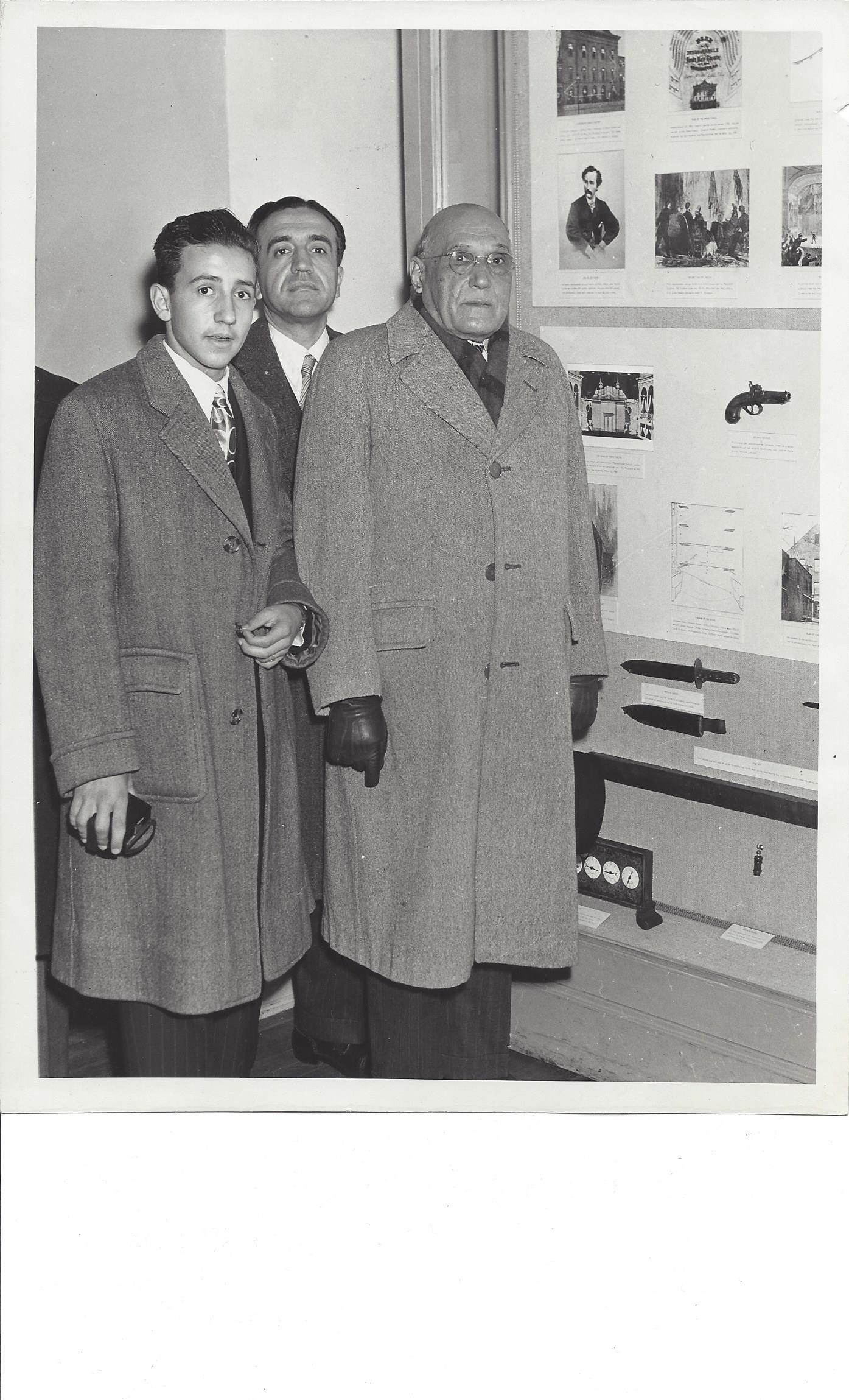 The president-elect of Uruguay and two aides Ford's Theatre museum in 1947.